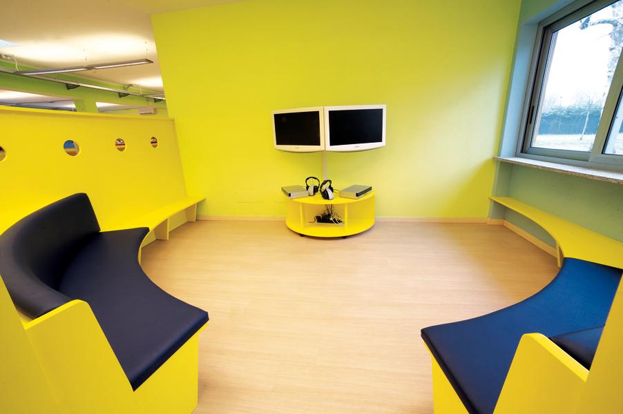 gaming zone biblioteca vernate